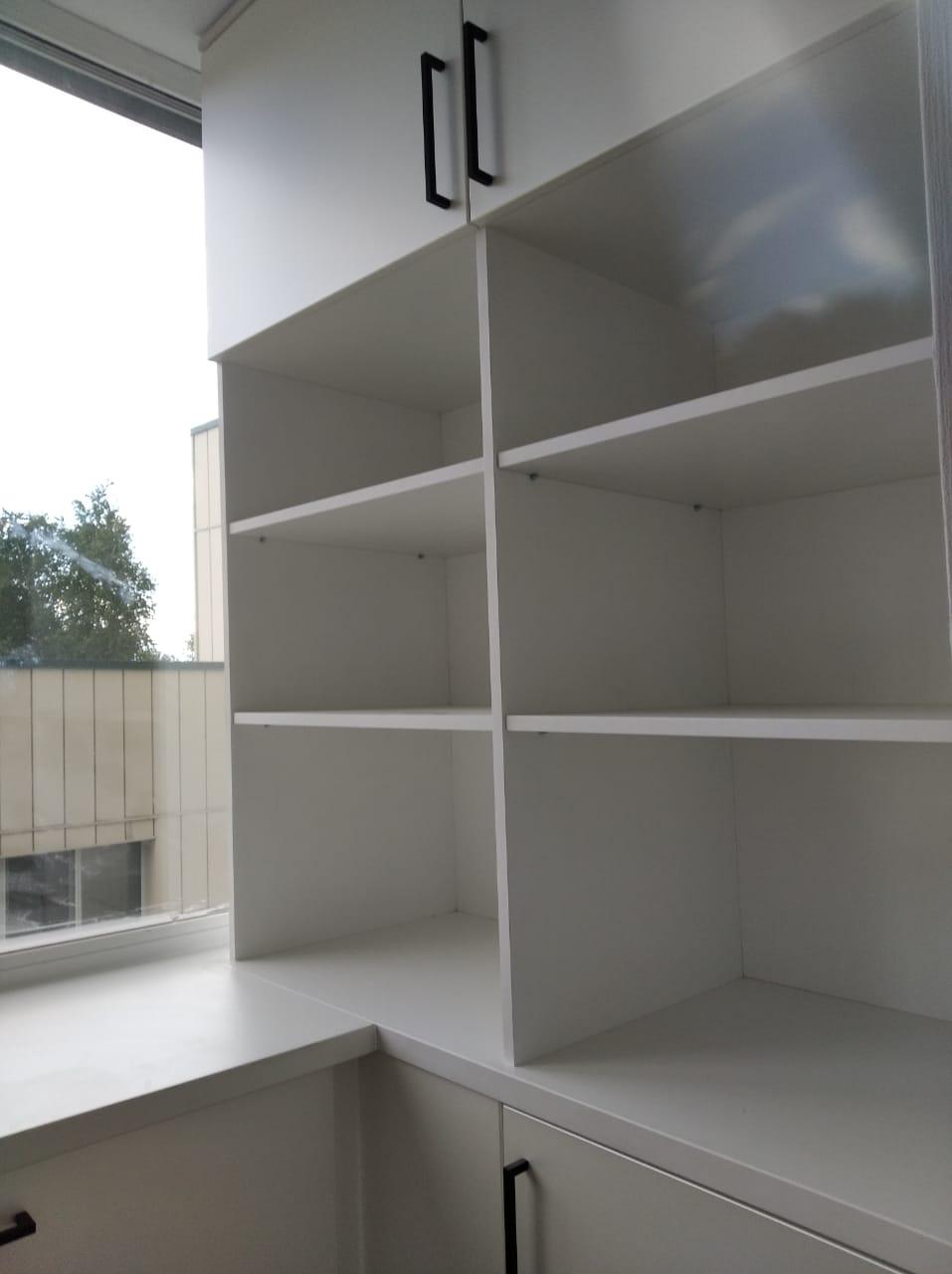 Шкаф для документов под заказ в Новосибирске