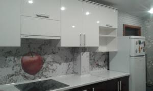 Кухня на заказ из премиум материалов
